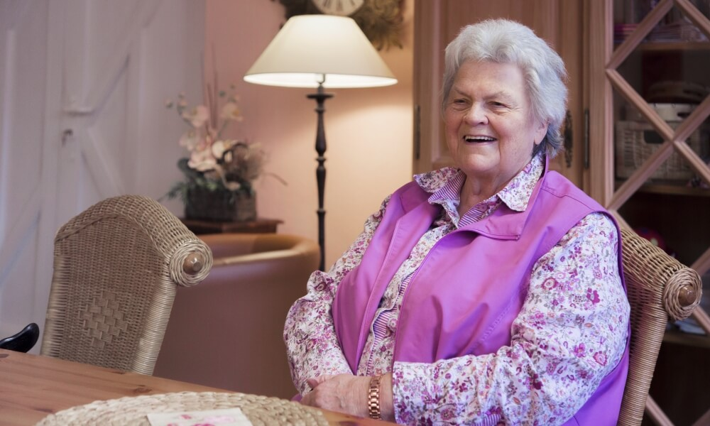 Ziel der Pflege ist es die Eigenständigkeit der Menschen weitgehend zu bewahren oder zurück zu gewinnen, und die Mobilität zu erhalten - Attendorner Pflegedienst