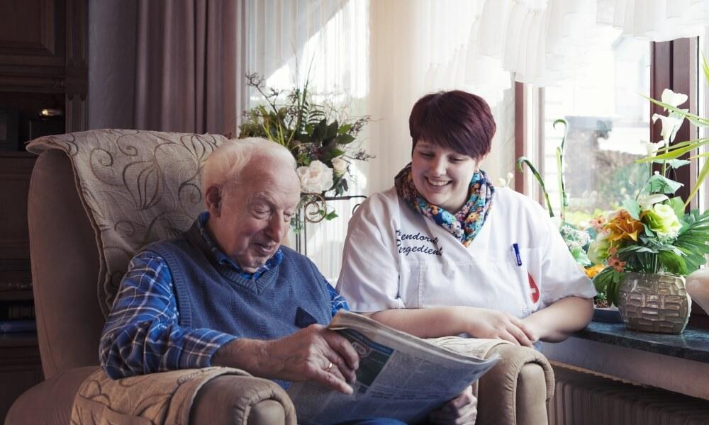 Betreuung und Pflege im Alter durch geschultes Personal - Attendorner Pflegedienst - Pflege mit Herz - Zu Hause in guten Händen!
